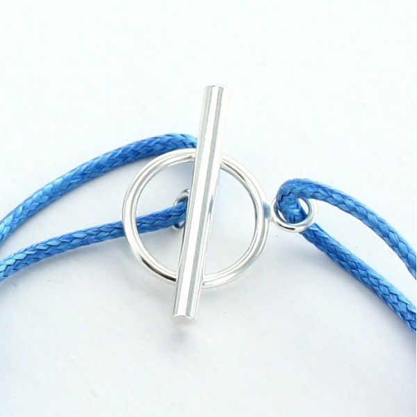 Créez un bracelet Charm's gravé