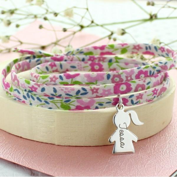 Bracelet Liberty triple tour Lily-Rosebreloque Petite Fille en lettre manuscrite