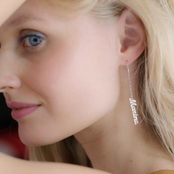 Les boucles d'oreilles prénom argent