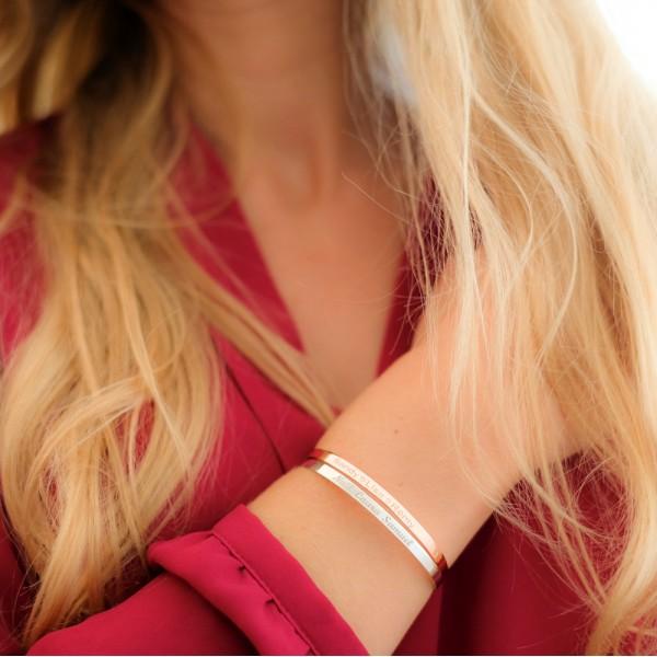 Duo de petits bracelets joncs à graver argent et argent rosé
