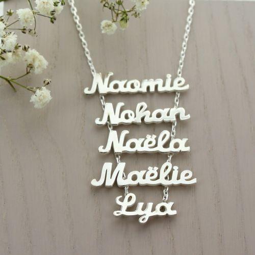 Collier multi-prénoms avec 5 prenoms