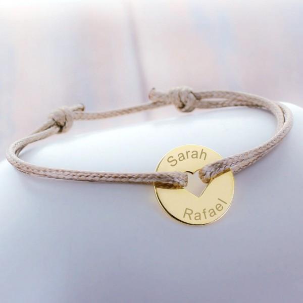 Bracelet cordon petit jeton forme coeur