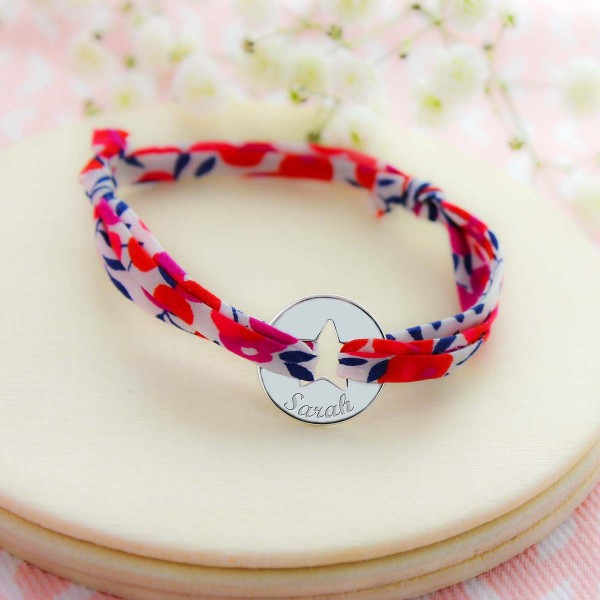 Bracelet gravé jeton forme étoile sur liberty