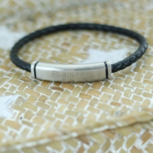 Bracelet cuir noir et plaque aimantée à personnaliser
