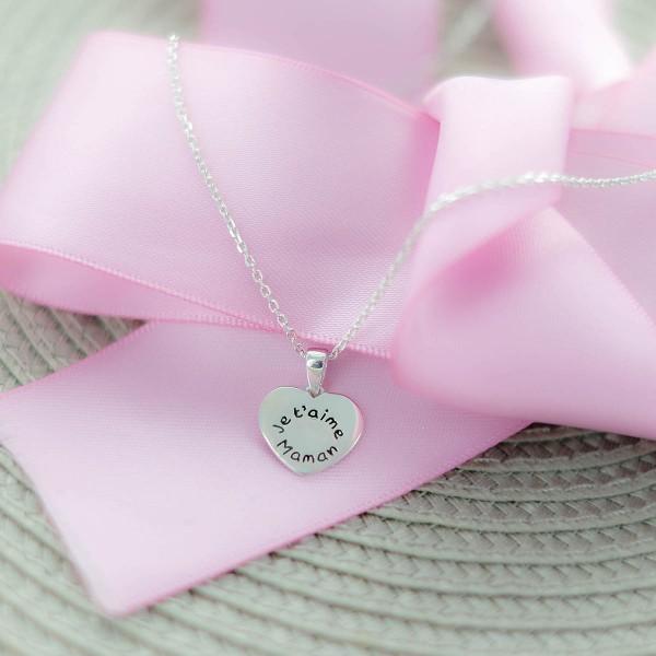 "Le pendentif coeur ""je t'aime Maman"""