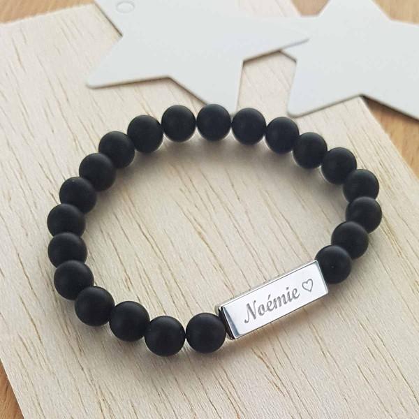 Bracelet perles onyx noir mat et plaque acier à personnaliser